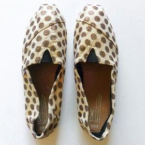 TOMS Shoes - NWOT Toms Polka Dot Classics