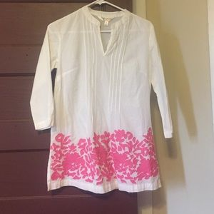 krazy Kat Tops - White tunic with pink flower detail