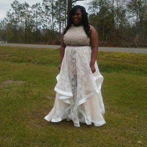 Glamour & Co. Dresses & Skirts - New Prom Dress