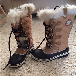 Sorel Shoes - Brand New Sorels