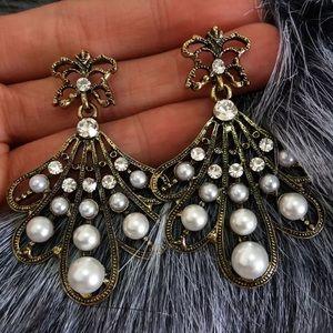 Jewelry - Vintage fashion Dangle Earrings