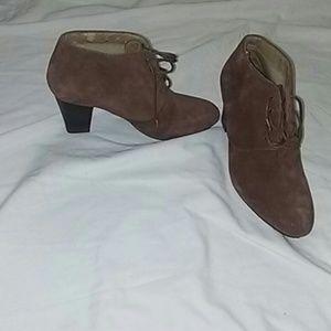 Isaac Mizrahi Shoes - Isaac Mizrahi Brown suede lace up booties