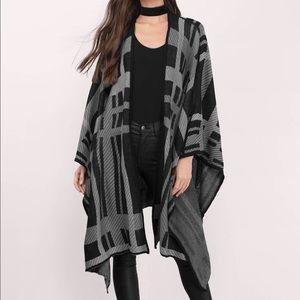 Tobi Sweaters - NWOT Cozy & flowy poncho