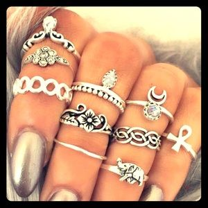 Jewelry - 10 Piece Midi Ring Collection in silver boho style