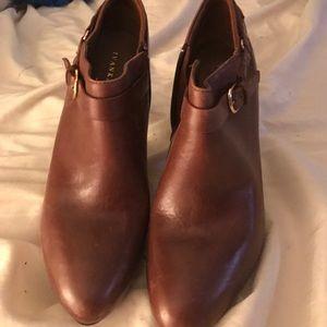 Ivanka Trump Shoes - Ivanka Trump leather booties