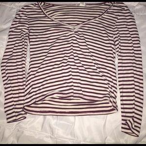 F21 semi cropped long sleeved shirt