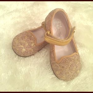Naturino Other - New Naturino toddler girls gold dress shoes