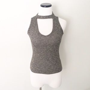 the clas-sic  Tops - NWT the clas-sic gray marled knit Top choker style