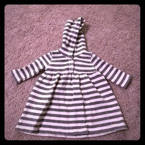 Stem Baby Other - Stem Baby gray and ivory striped hooded top