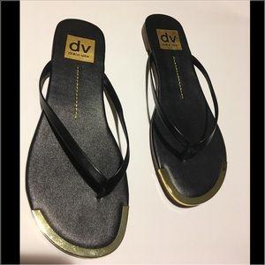 Dolce Vita Shoes - New in Box Sz 6 Dolce Vita Black & Gold Sandals