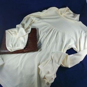 Michael Stars Tops - Michael Stars cotton cream turtleneck t-shirt S-M
