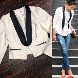 Candie's Jackets & Blazers - Tuxedo style blazer