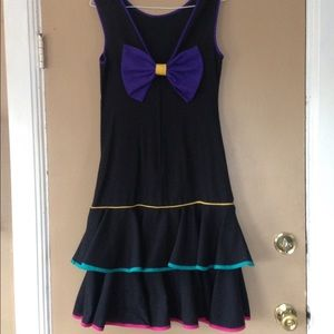 Apostrophe ruffle dress.
