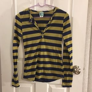 FLASH SALE! Cute Stripe Long-Sleeve T-Shirt in S