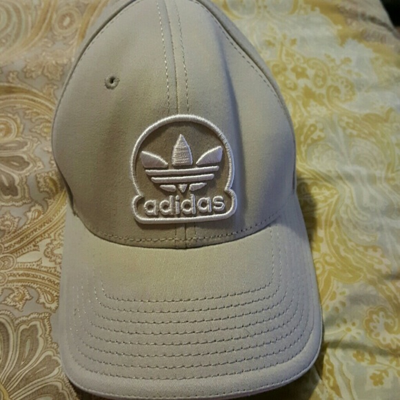 adidas Accessories - ADIDAS Light Gray HAT CAP LID RN  90288 9fd38e5d87f