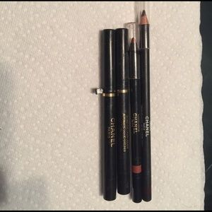 CHANEL Other - Chanel make up lot