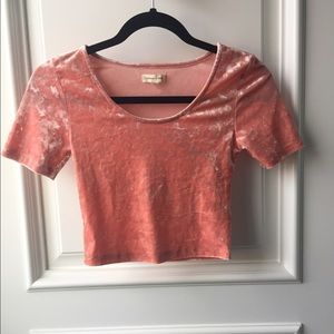 silence + noise Tops - Silence + noise salmon colored crop top