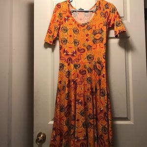 LulaRoe Nicole, honey orange/yellow paisley Medium