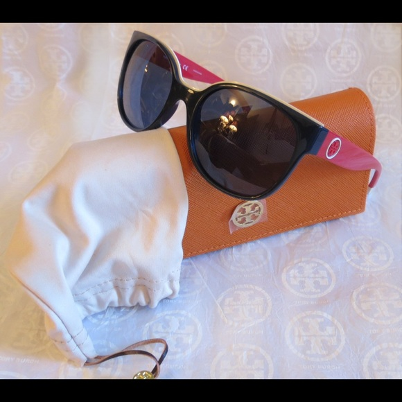 492c2c74690f NWT Tory Burch Sunnies Ty9042 Red White   Blue