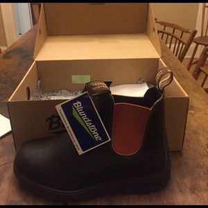 Blundstone Other - Brand new Blundstone boots