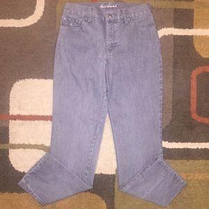 Gloria Vanderbilt Denim - Women's Gloria Vanderbilt size 6 short jeans