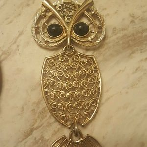 Accessory Collective Jewelry - Gold owl pendant