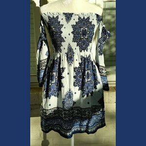 Mimi Chica Dresses & Skirts - NWT, Mimi Chica Cold Shoulder Blue Dress
