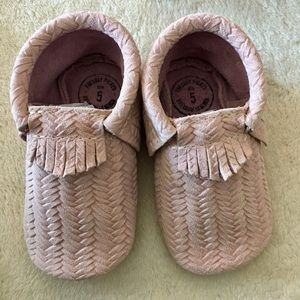 Freshly Picked Other - Freshly Picked pink leather moccasins sz 5