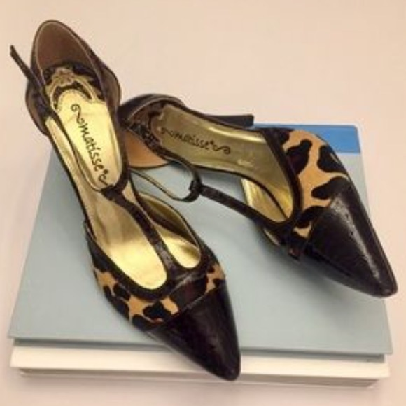 c4c81a2d5d0 ... animal print heels. M 58d09338d14d7bab47135b0e