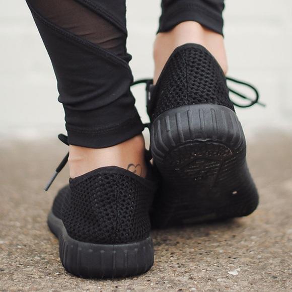 Shoes - AMALIA  sneakers - BLACK