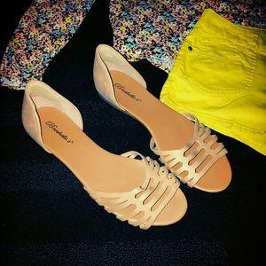 Breckelles Shoes - NWOT Nude Sandals