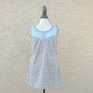 Blue Bird Tops - Blue bird floral sleeveless blouse
