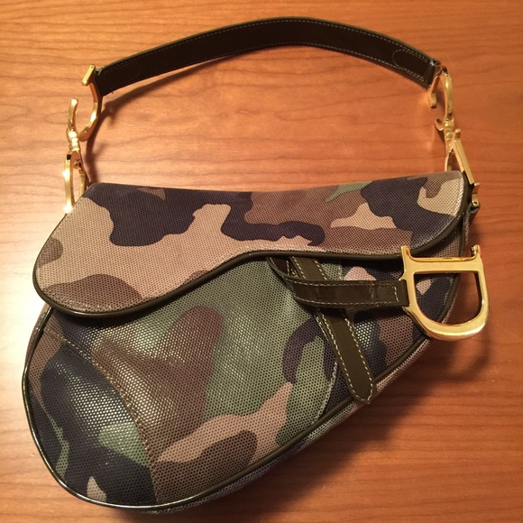 Christian Dior Handbags - 💝HP💝 Christian Dior Camo Saddle Bag dd956e07a117c