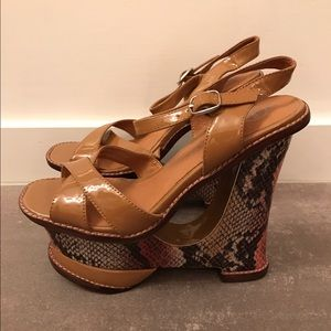 AMAZING Jeffrey Campbell Platform Heels 