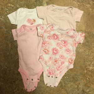 First Impressions Other - Bundle of Macy's onesies