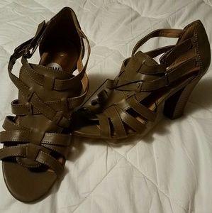 Sbicca Shoes - Sbicca  heels
