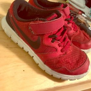 Nike Other - Boys nike running shoes