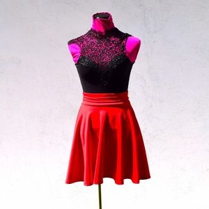 WINDSOR Dresses & Skirts - Black and red fit and flare dress