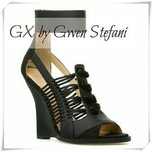 GX by Gwen Stefani Shoes - ??GX by Gwen Stefani Ayaka wedge in black ??