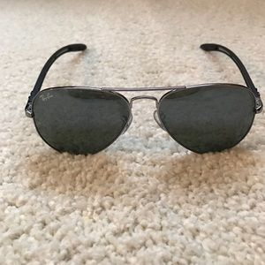 Ray-Ban Accessories - Authentic Ray Ban aviators