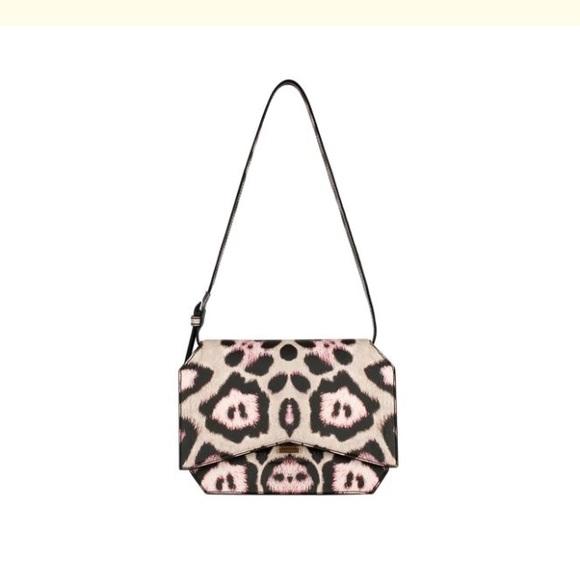 Givenchy Handbags - New Givenchy Bow Cut Medium Shoulder Bag