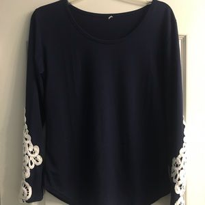 Tops - Navy blue Large XL long sleeve