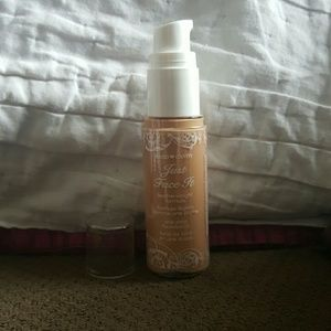 Hard Candy Other - Just face it Jard Candy Foundation