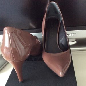 Jil Sander Shoes - Jill Sander patent leather pumps size 36 US 6