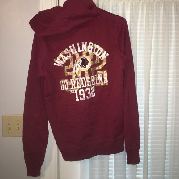 6ad9c4b53a4 Victoria s Secret PINK Washington Redskins hoodie.  M 58d14fc3eaf030bb28158398