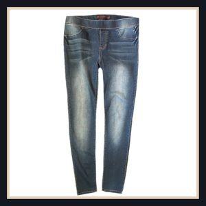 No Boundaries Denim - ‼️20% OFF BUNDLES‼️New No Boundaries Skinny Jeans