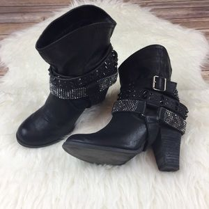 Not Rated Shoes - Not Rated Black Heeled Boot