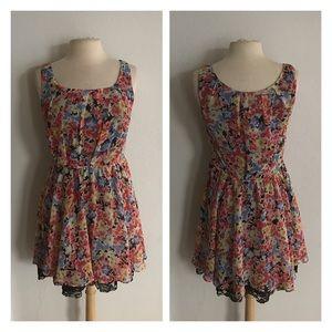 Betsey Johnson Dresses & Skirts - Betsey Johnson floral dress