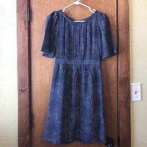 Banana Republic Silk short sleeve dress size 0