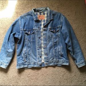 Levi's Other - Levi's flannel lined denim trucker jacket - xl